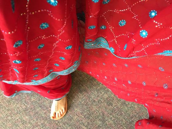 sari-foot