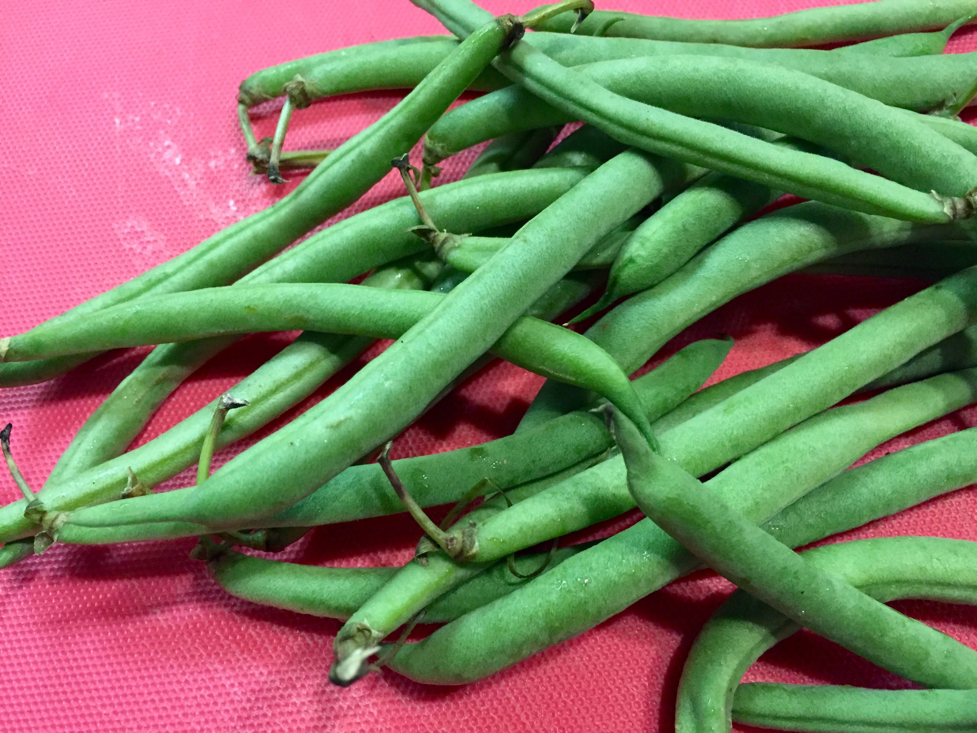 how to clean and snap green beans